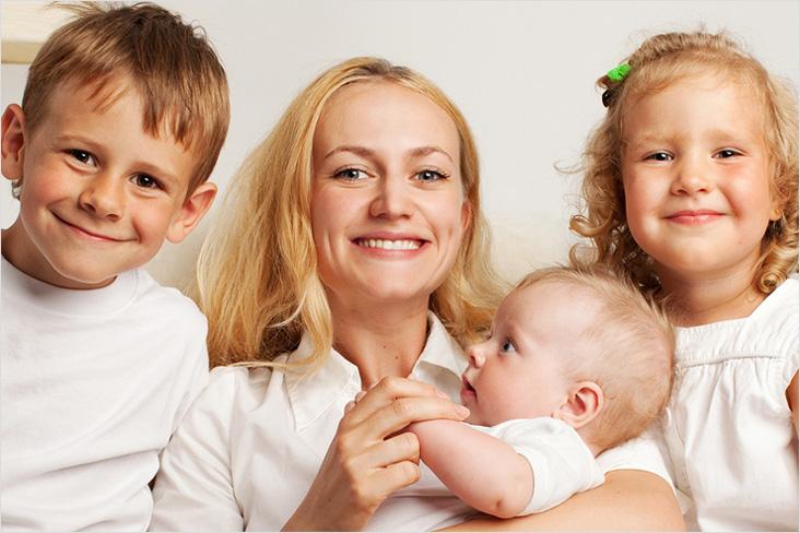 Могут ли сократить многодетную мать с работы