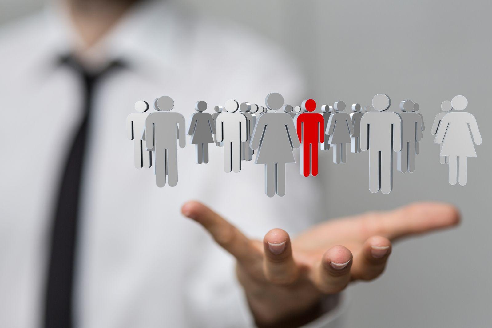 Услуги аутсорсинга и аутстаффинга: ищем различия и выгоду